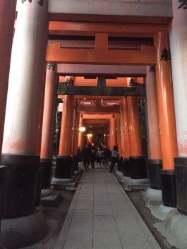 Inari Shrine -- 10000 gates